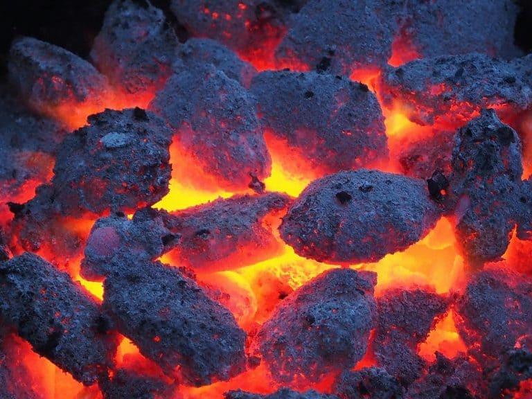 גחלים חמים