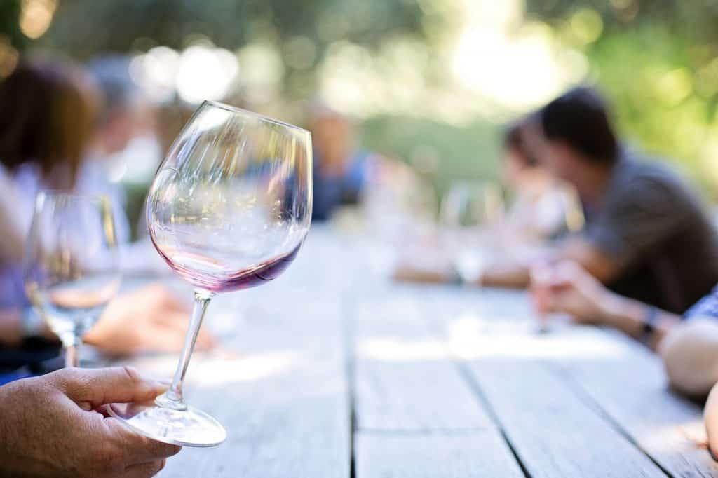 כוס יין ביקב